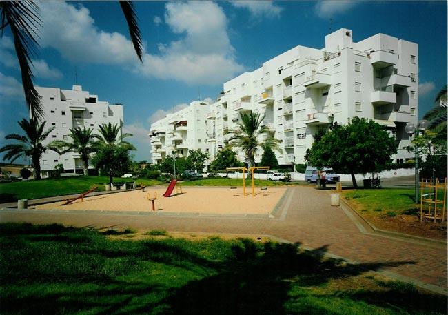 פארק שעשועים בגני דיזנגוף רחובות